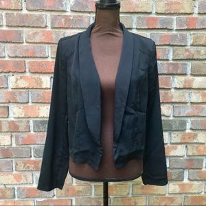[Ashley] Solid Black Cropped Open Face Blazer